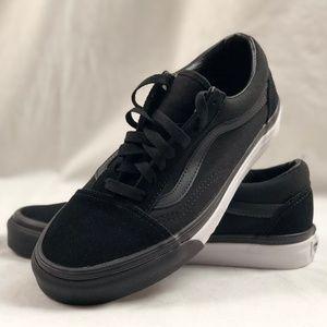 Vans Shoes | Vans Old Skool Mono Bumper